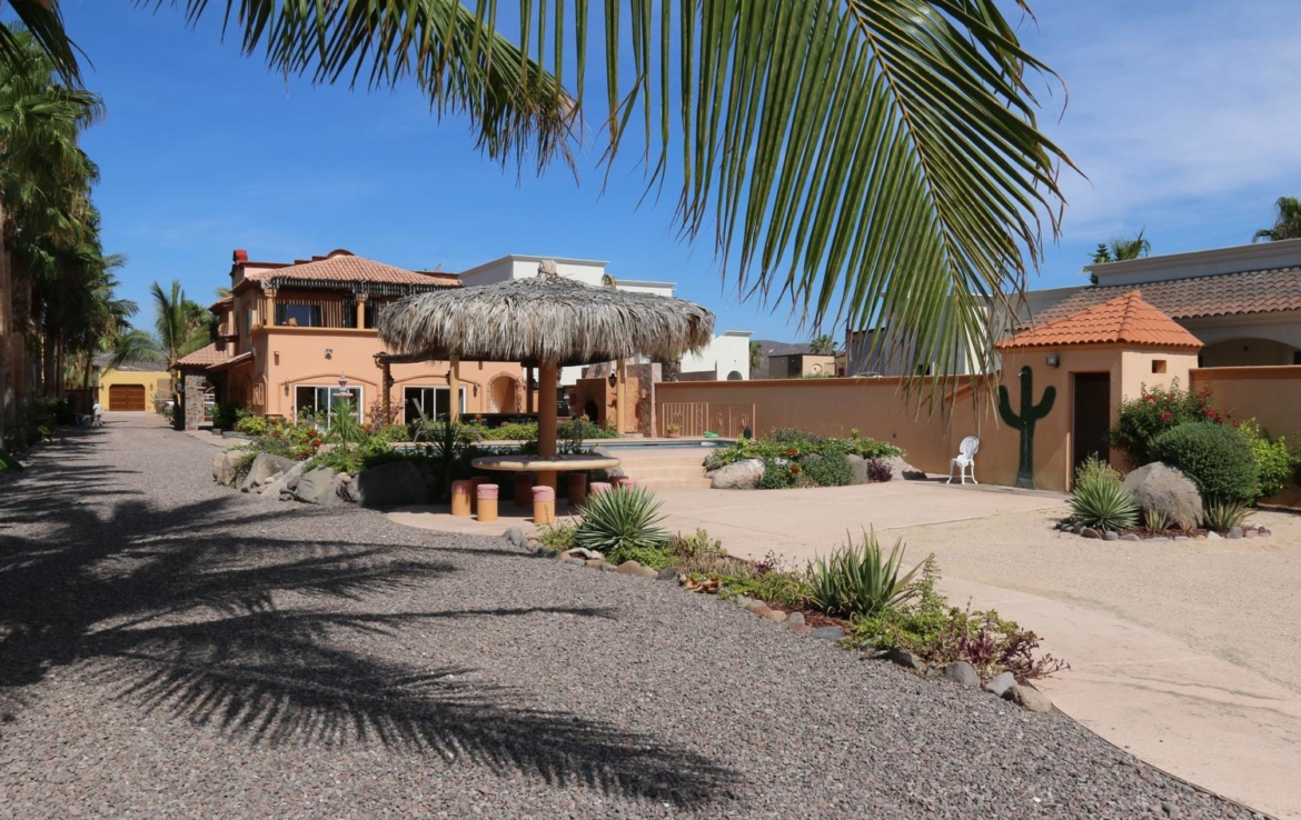 large beachfront estate in costa Loreto