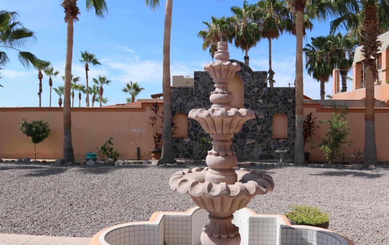 fountain house in Loreto