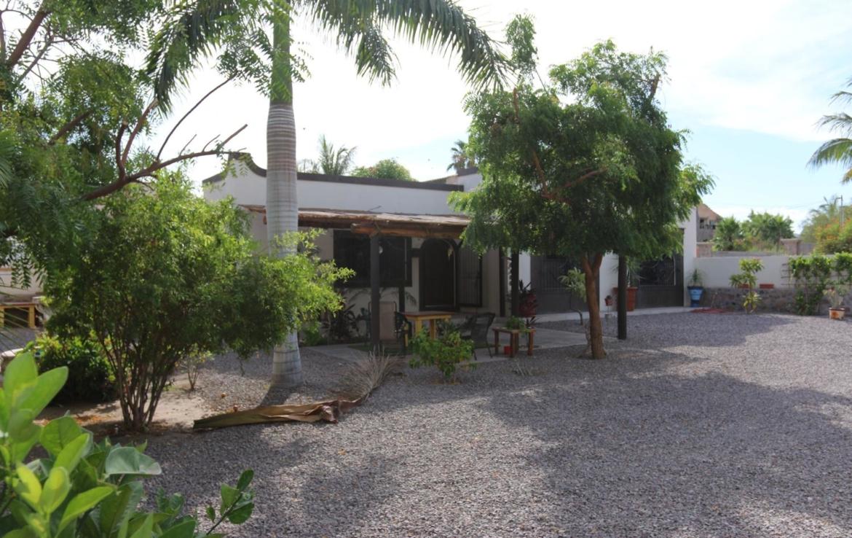 Casa Blanca houses in loreto