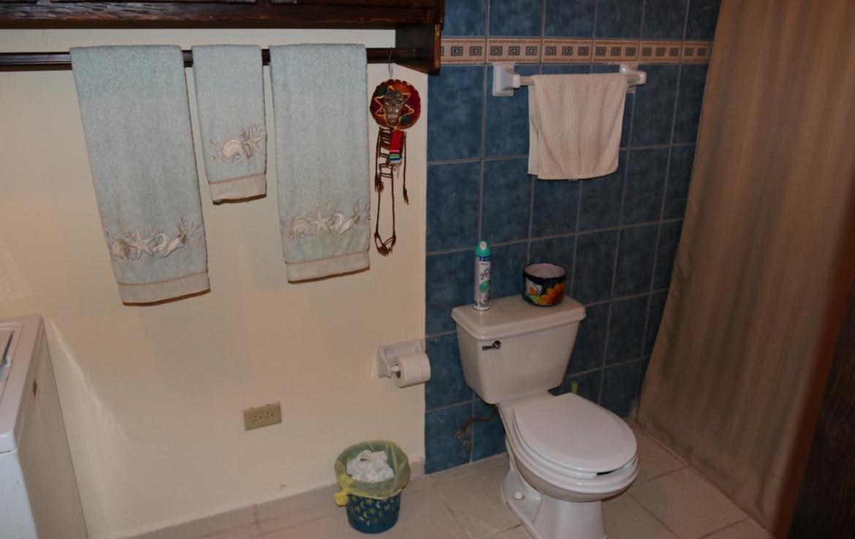 Casa Blanca bathroom