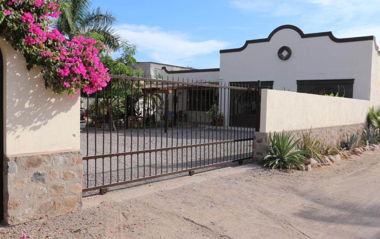 Casa Blanca outdoor homes loreto