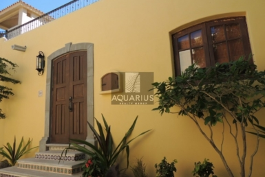 buy Casa Porton house in Loreto